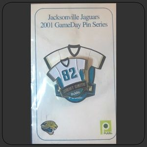 Jaguar #82 Jimmy Smith 2001 Collector Pin NEW